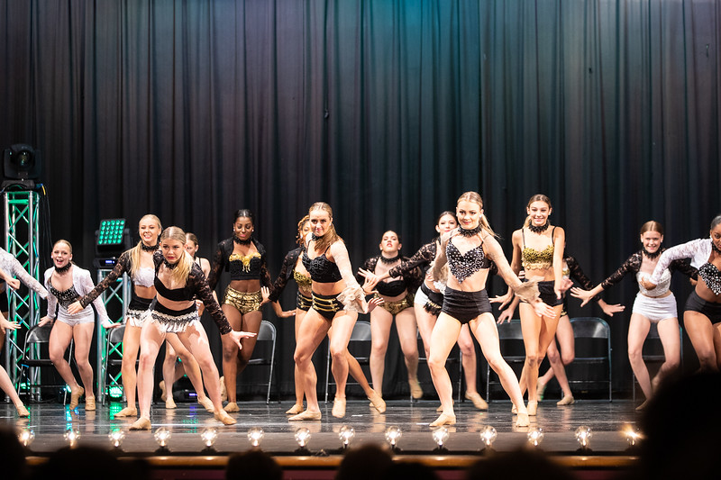 Dance Productions Recital 2019-285.jpg