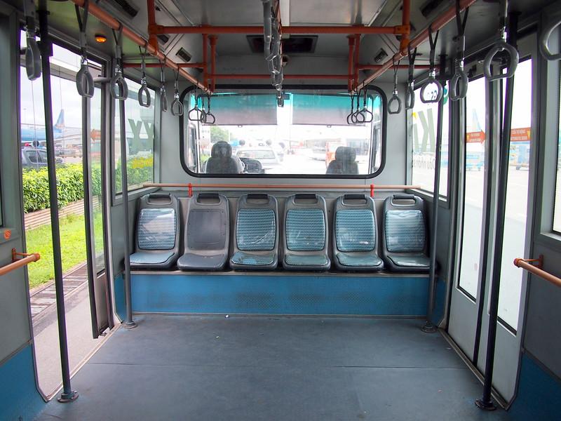 P6253606-transfer-bus.JPG