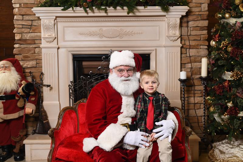 Santa2018.TylerBoye.-56.jpg