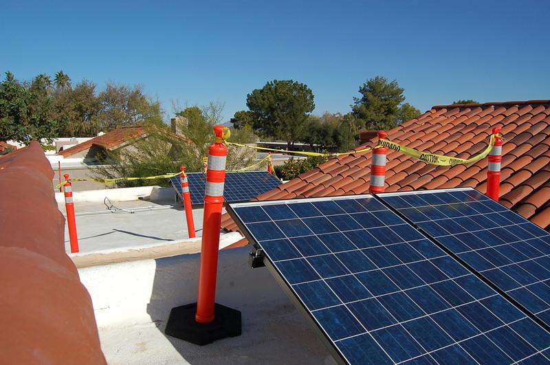 20121221_Solar_Installation_028.JPG