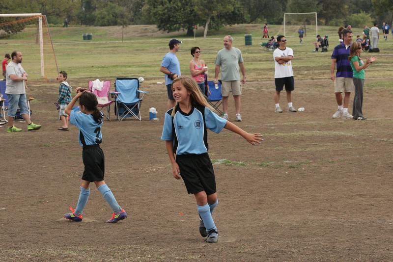 Soccer2011-09-17 10-15-25.JPG