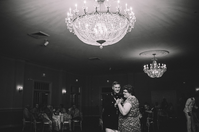 Philadelphia Wedding Photographer - Bernreuther-659.jpg