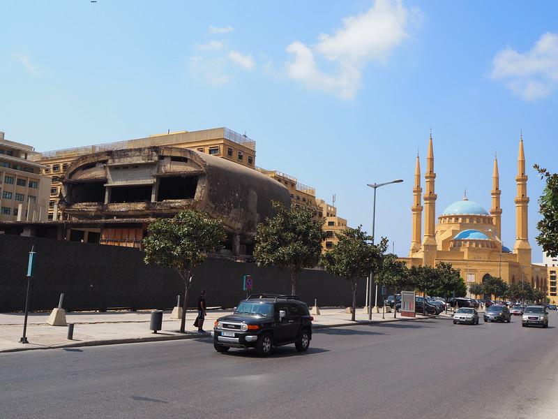 P8080089-downtown-mosque.JPG