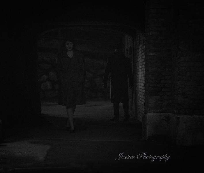 film-noir-femme-fatale-stalker-jeaster-photography.jpg