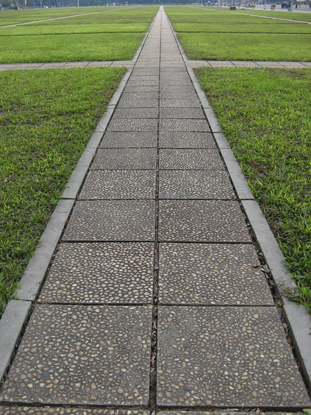 One of the many nice, long walkways in the square at the mosoleum, that you can't walk on!