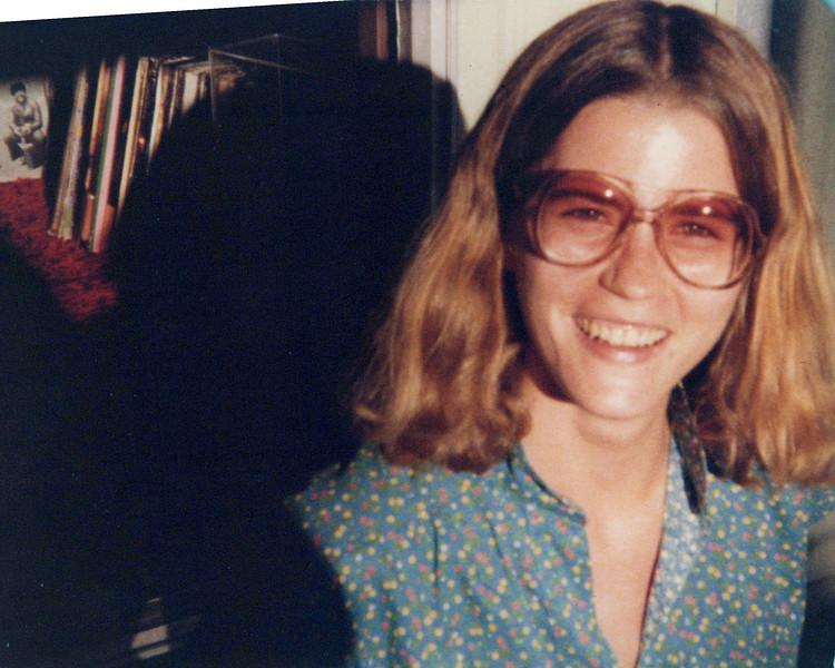 1976 Elaine Konyha.jpeg