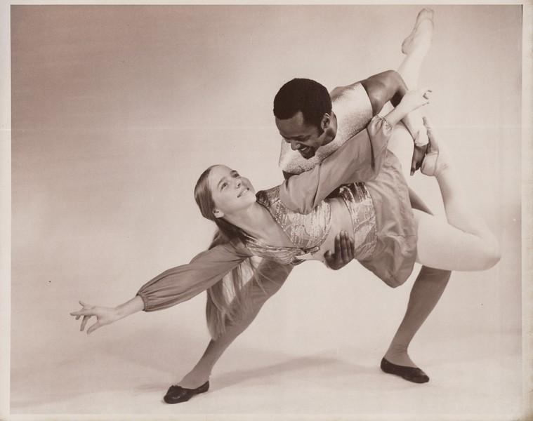 Dance_1140.jpg