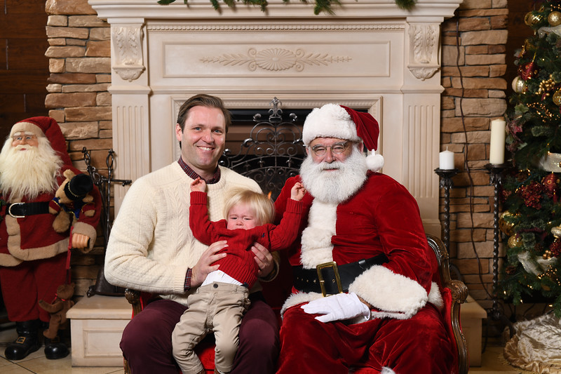 Santa2018.TylerBoye.-69.jpg