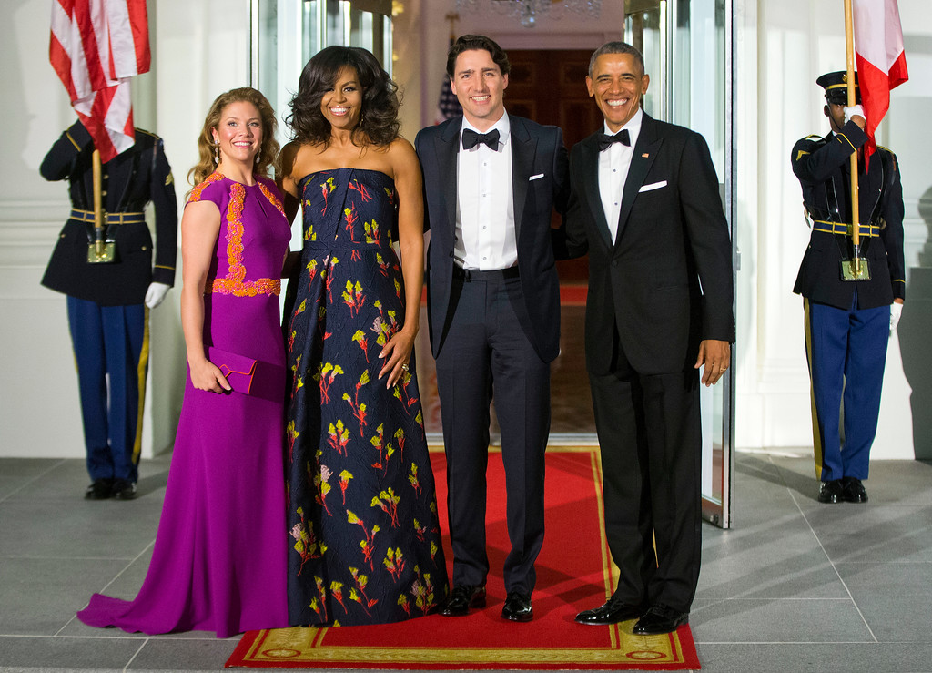 . President Barack Obama and first lady Michelle Obama pose for a photo with Canadian Prime Minister Justin Trudeau and Sophie Grégoire Trudeau at the North Portico of the White House in Washington, Thursday, March 10, 2016, as they arrive for a state dinner. (AP Photo/Pablo Martinez Monsivais)