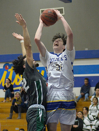 Will C. Wood High boys basketball team routs Manteca in second round