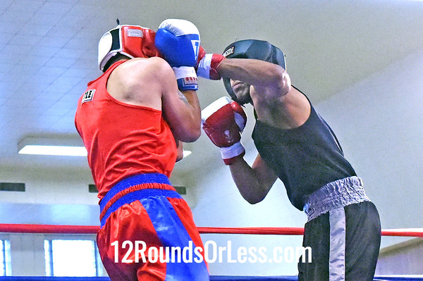 Bout 4 David Rodriguez, Blue Gloves, Akron Boxing Academy, Akron -vs- Ali Almoslium, Red Gloves, Gladiator BC, Chicago, IL, 152 lbs