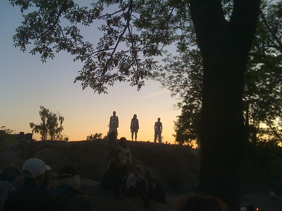 En midsommarnattsdröm i Vitabergsparken 090530