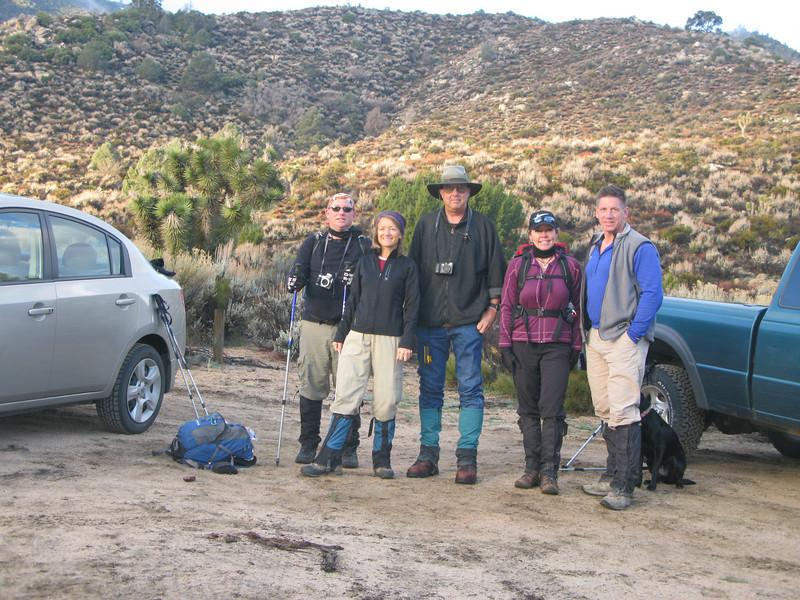 Nathan, Karen, Tom G., Lisa and Tomcat at the trail head