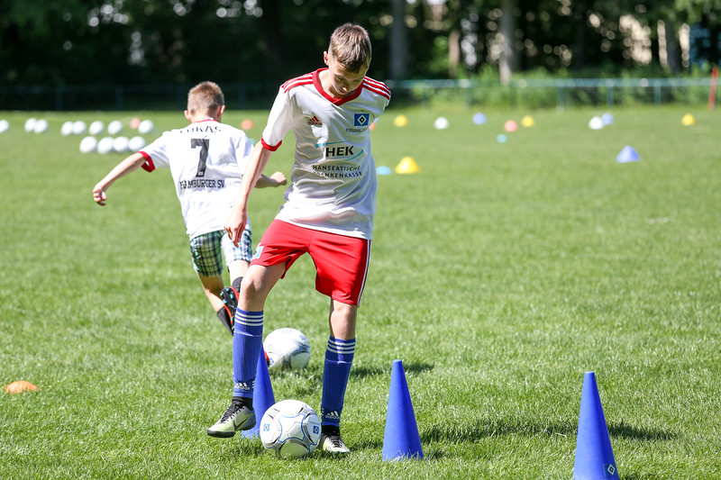 hsv_fussballschule-348_48047995668_o.jpg