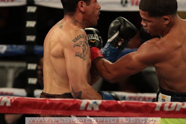 Miguel Gloria vs. Jean Carlos Torres