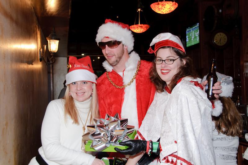 2009 ALS Santa Crawl-65.jpg
