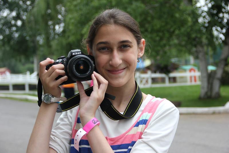 kars4kids_thezone_camp_GirlDivsion_workshops_Photography (14).JPG