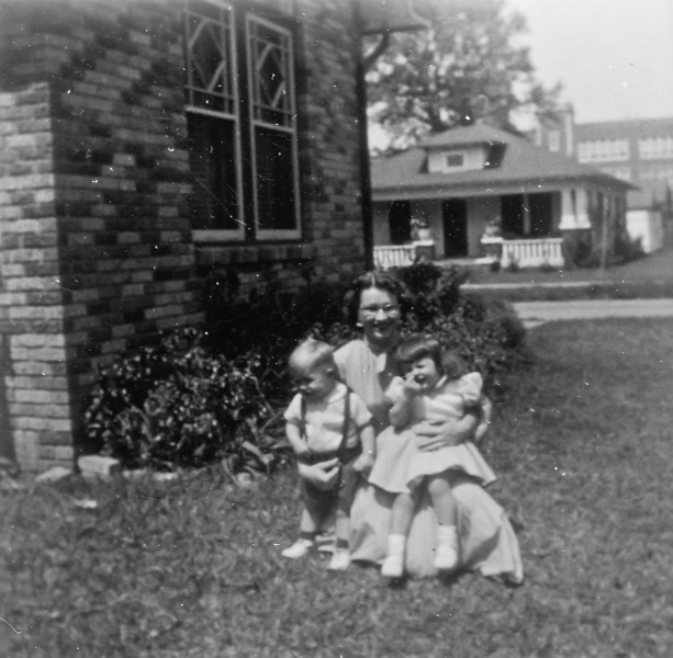 Maria Smock with Jan and Jim 1954 1102 Omar Houston Texas