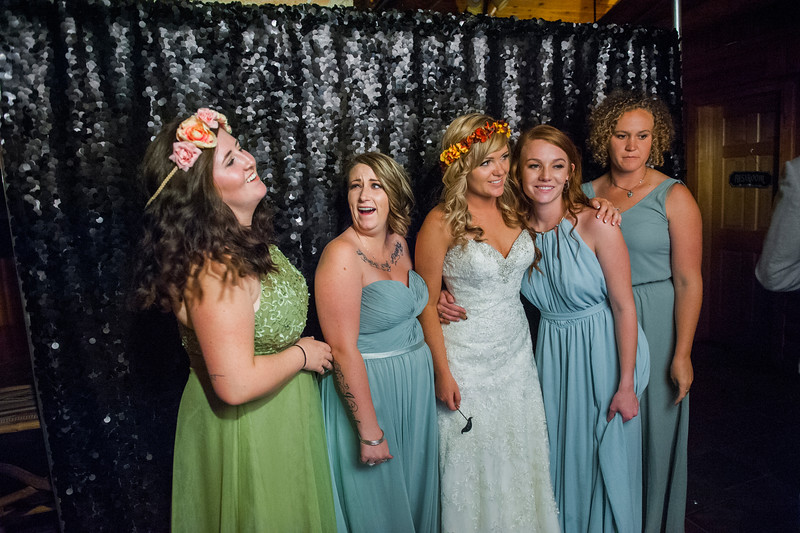 Jodi-petersen-wedding-593.jpg