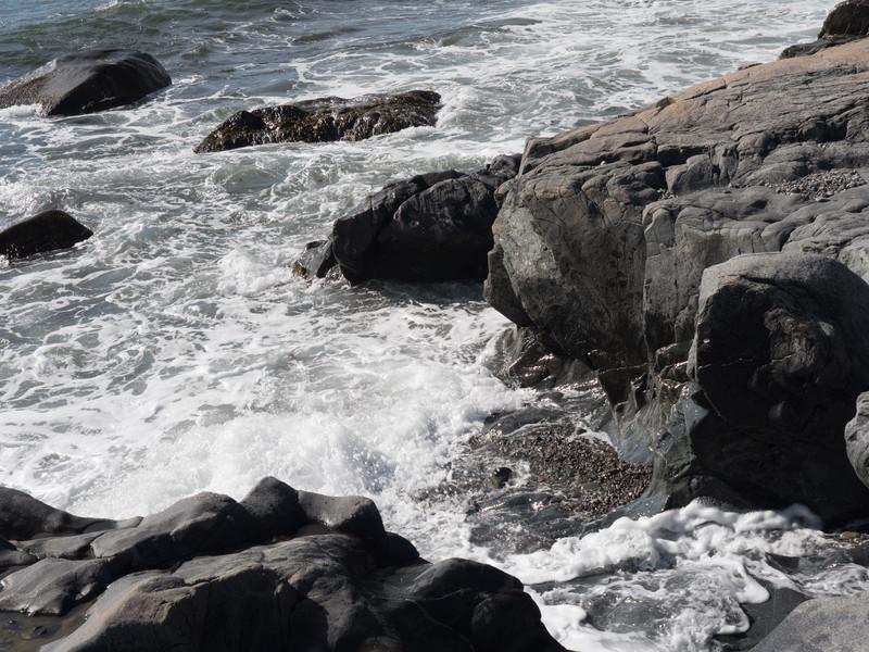 Wave Cut formation Tilting, Fogo ISland
