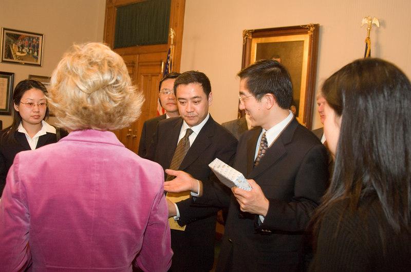 2007_china_delegation_statehouse_tour_lt_gov_0246.JPG