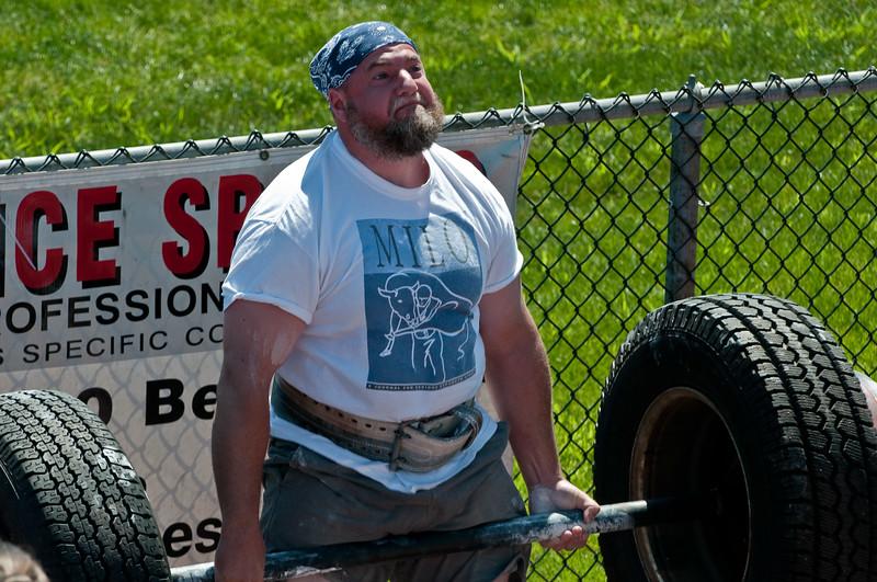 Strongman2009_Competition_DSC1335-1.jpg