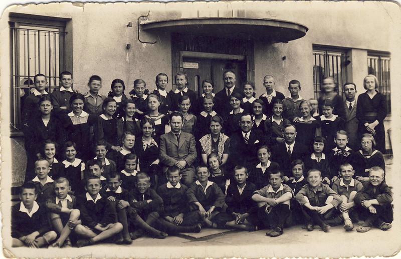 003d Elvir Deutsche Schule Warscha.jpg