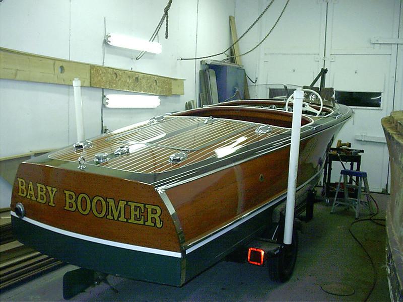 Starboard rear side view.
