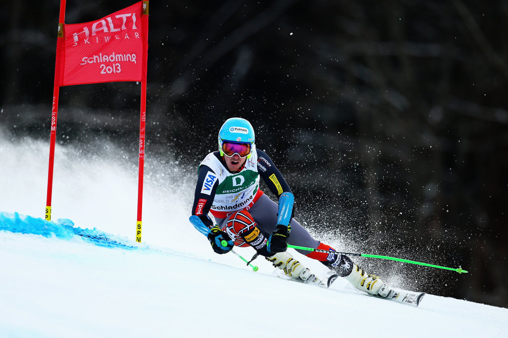 Description of . Ted Ligety of the United States of America skis on his way to winning the Men's Giant Slalom during the Alpine FIS Ski World Championships on February 15, 2013 in Schladming, Austria.  (Photo by Clive Mason/Getty Images)