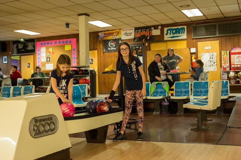 Maddie bowling-9387.jpg