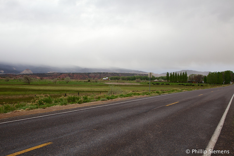 Farming area of Torrey near restaurants and motels