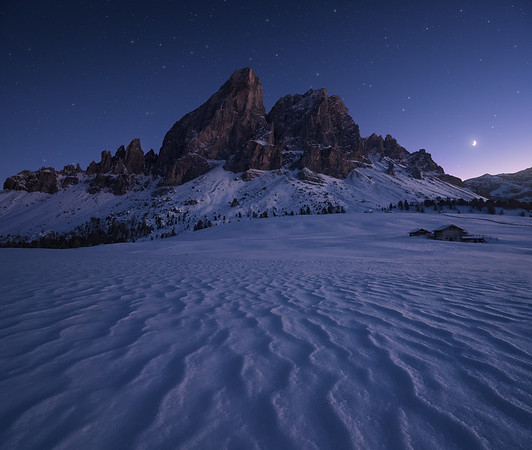 MOUNTAINSCAPES: Winter