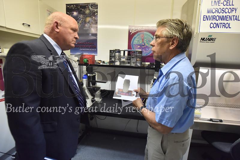 92565 Congressman Glenn Thompson visits Dan Focht owner of  Bioptechs in Summit Twp