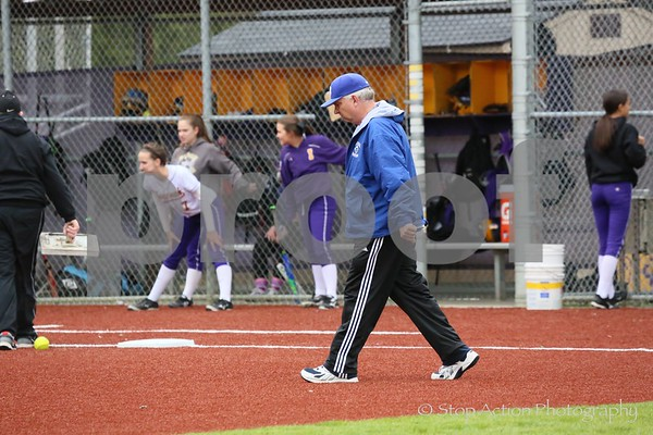 x2016-04-05  Issaquah Fastpitch vs Bothell