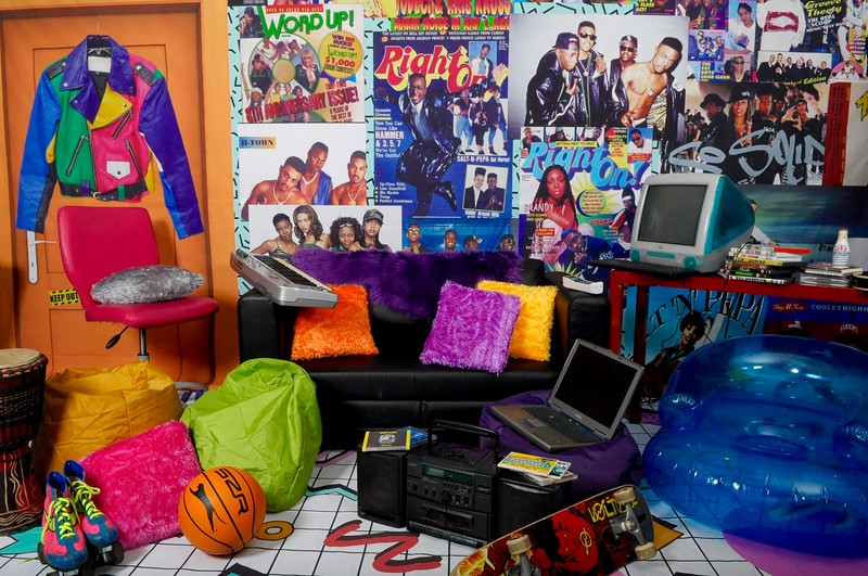 90'S TEENAGE ROOM