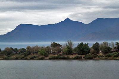 Mekong Cruises, Vat Phou Cruise to 4,000 Islands 2011