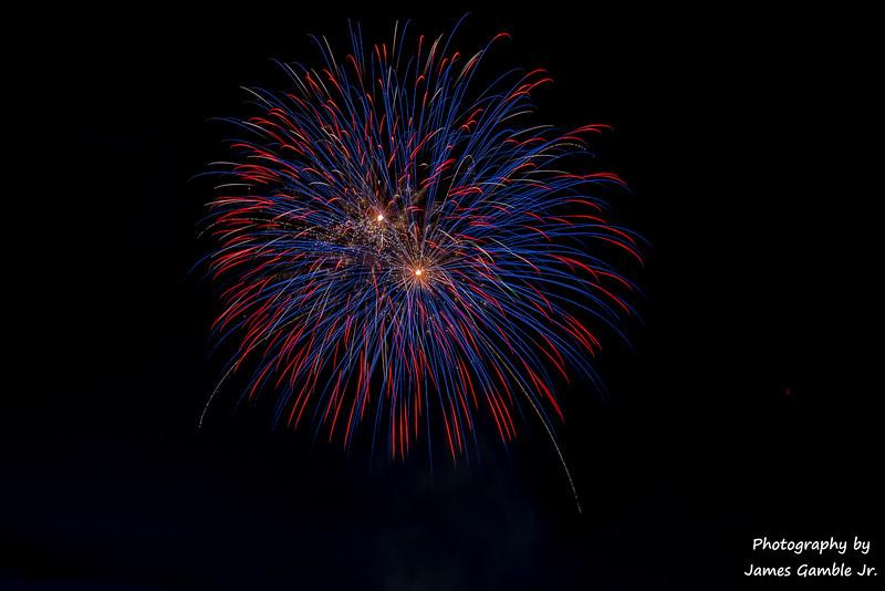 Fourth-of-July-Fireworks-2016-0336.jpg