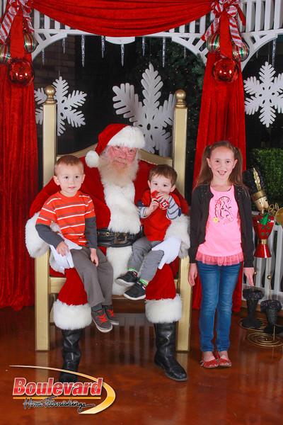 Santa 12-10-16-381.jpg