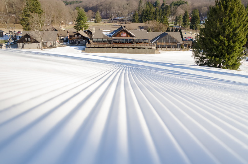 Snow-Trails_Mansfield-OH-1610.jpg