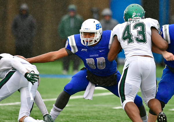 10/27/2018 Mike Orazzi | Staff CCSU's Arthur Gilmore, Jr. (80) during Saturdays' football game in New Britain with Wagner.