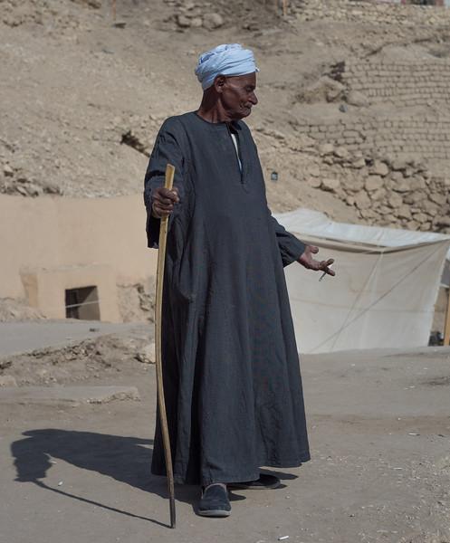 Mahmoud Brostón, animador de los trabajadores. http://www.excavacionegipto.com