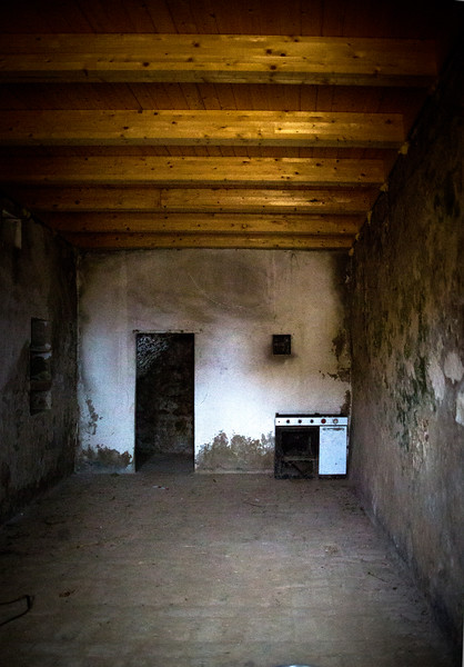 Kitchen Closed, Craco