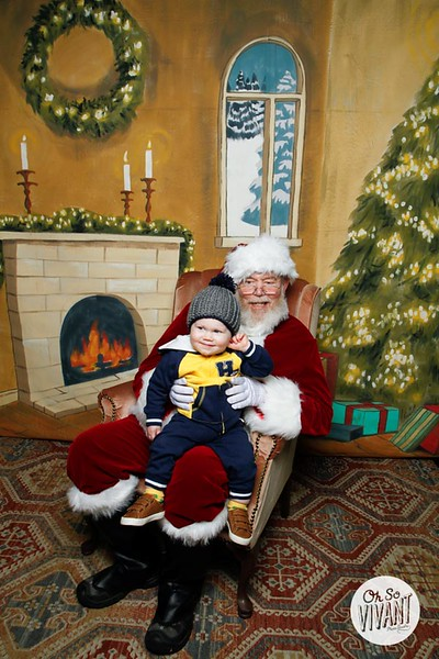 Pictures with Santa @Earthbound 12.1.2018-090.jpg