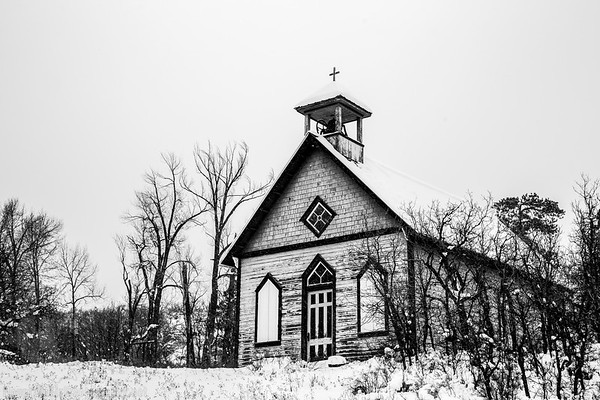 Hesperus Church[BW]-.JPG