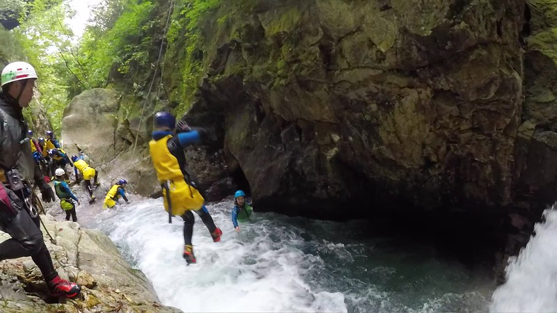 Grade 8 Rafting Expedition, 2018-19