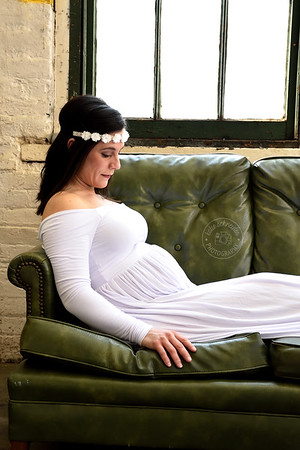 Maternity Photographer in Cincinnati with Maternity Gowns