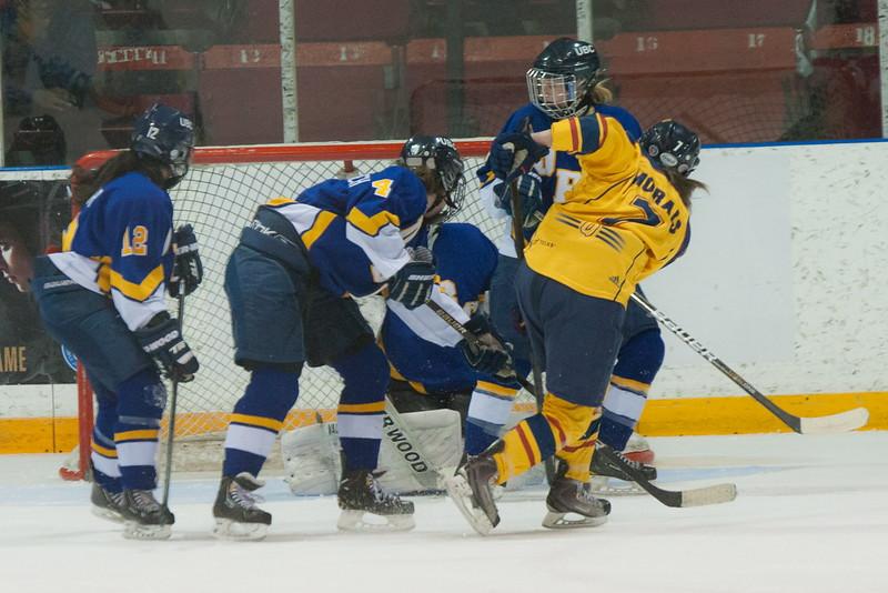 20130310 QWHockeyvsUBC 668.jpg