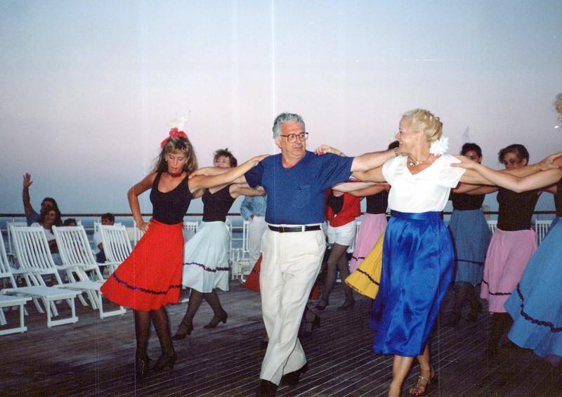 Dance-Trips-Greece_0259_a.jpg