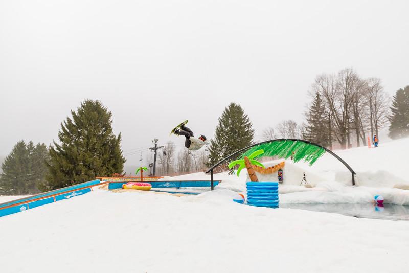 Pool-Party-Jam-2015_Snow-Trails-583.jpg