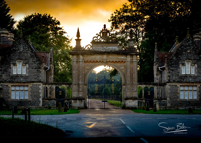 Englefield Estate Entrance Gates in Blue and Gold leaf by Purdy Gates